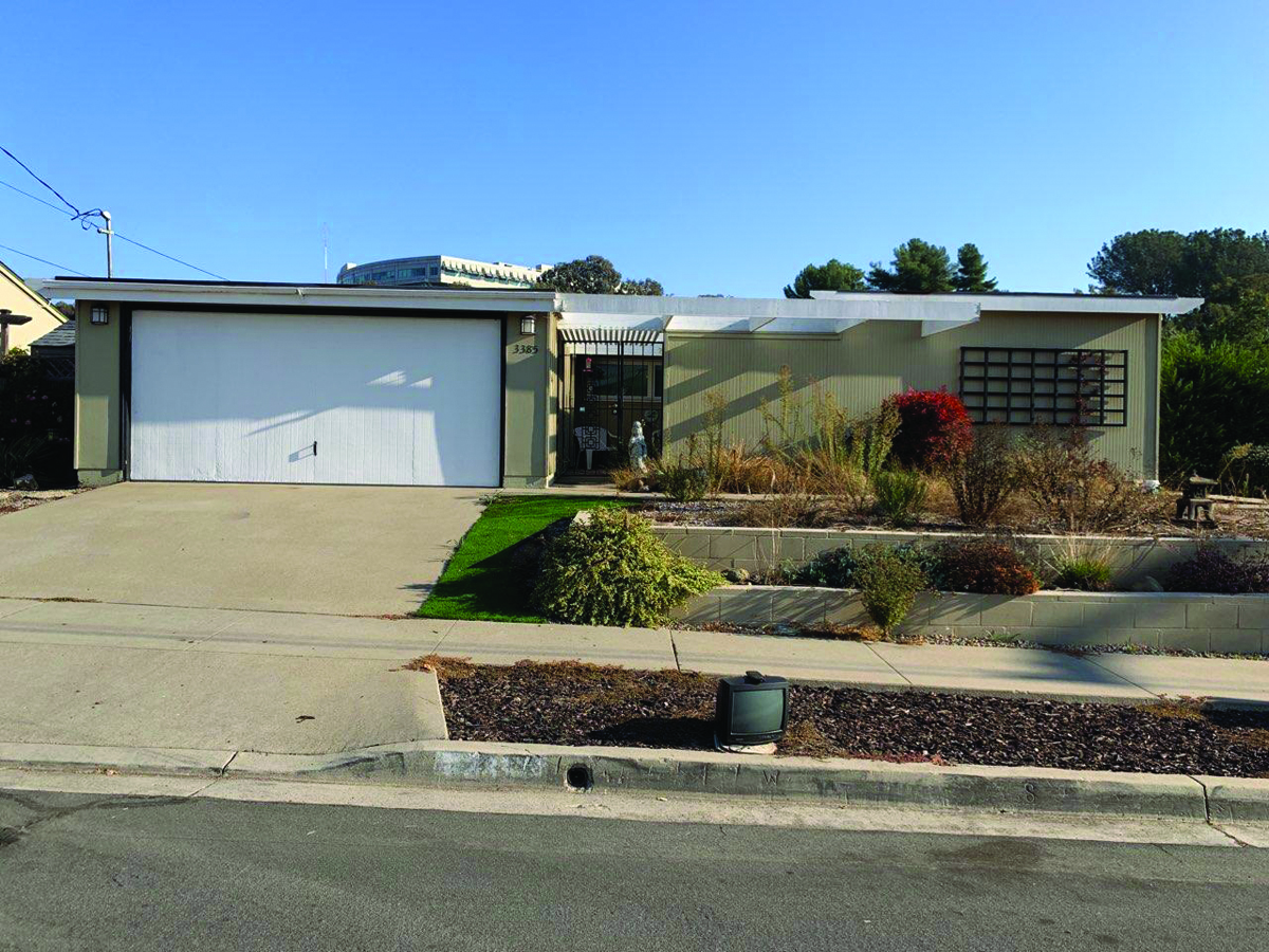 JUST  LISTED- 3355 Rollsreach Dr